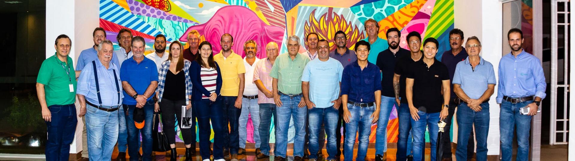 Agrônomos da Canaoeste debatem pragas e daninhas em Bebedouro
